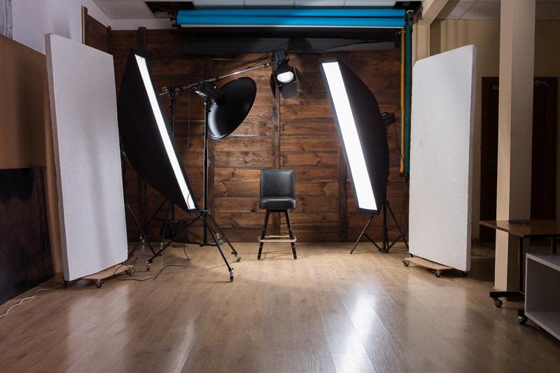 מערך פלאשים למצלמות בסטודיו