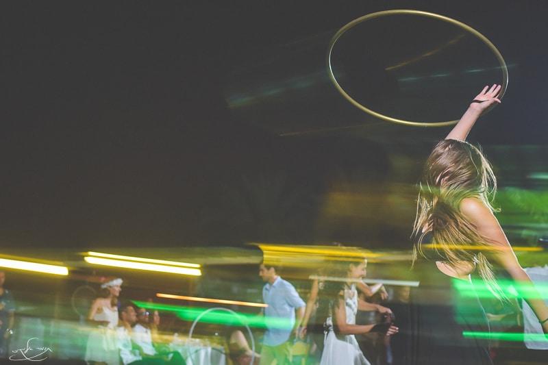"""שילוב של הקפאה ומריחה בו זמנית ע""""י שימוש בפלאש חיצוני + תנועת מצלמה. צילום: תומר אלמקייס"""